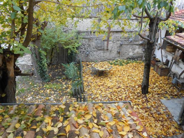 Sonbahar'da Hacı Şakirler Konağı